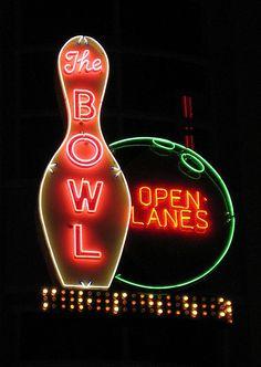 The Bowl vintage neon, Las Vegas.