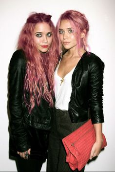 mary kate and ashley olsen as bubble gum blondes