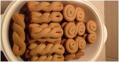 Κουλούρια πορτοκαλιού με κανέλα !! Greek Sweets, Cheese Recipes, Good Food, Cookies, Desserts, Biscuits, Food, Greek Recipes, Crack Crackers