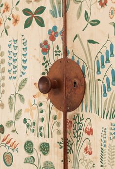 "yama-bato: "" scandinaviancollectors: "" JOSEF FRANK, Detail from the mahogany cabinet covered with Frank´s floral chintz fabric Fatima, Produced by Firma Svenskt Tenn Ab, Sweden. Painted Furniture, Diy Furniture, Furniture Design, Wallpaper Furniture, Bedroom Wallpaper, Mahogany Cabinets, Josef Frank, Chintz Fabric, Decoration Inspiration"
