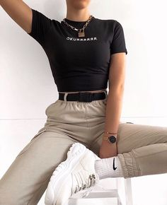 Marken ♡ ❤ # modische Outfits ♡ ❤ Why Do Teens Want To Be Fashionable? Cute Comfy Outfits, Edgy Outfits, Teen Fashion Outfits, Retro Outfits, Simple Outfits, Look Fashion, Summer Outfits, Girl Outfits, Fashionable Outfits