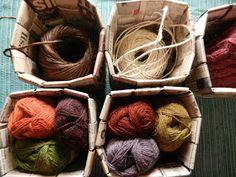 punos-sidos-silmukka: Tätä et voi tehdä verkkolehdellä Korn, Basket Weaving, Coffee Bags, Paper Crafts, Coffee Sacks, Coffee Sachets, Papercraft, Paper Crafting, Paper Craft