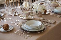Malmaison par Christofle #Christofle #Silver #Malmaison #Plate #Tableware ©LUXPRODUCTIONS | Jean-François JAUSSAUD
