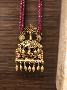 Temple Jewellery Design for women Gold Jewellery Design, Bead Jewellery, Temple Jewellery, Antique Jewellery, Jewelry Necklaces, Quartz Jewelry, Gold Jewelry, Simple Jewelry, India Jewelry