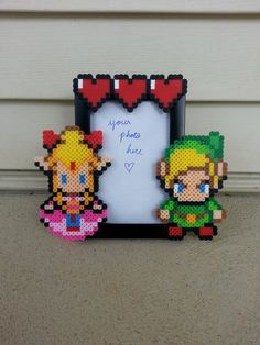 Legend of Zelda Picture Frame por BurritoPrincess en Etsy
