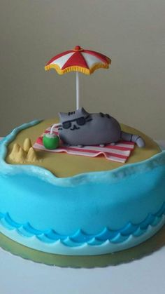 Kawaii Sweet World, Pusheen beach cake Fancy Cakes, Cute Cakes, Beautiful Cakes, Amazing Cakes, Fondant Cakes, Cupcake Cakes, Pusheen Cakes, Pusheen Birthday, Beach Cakes