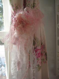 Vintage lace Curtain Tie Back or Tassel