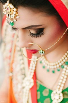 beautifulsouthasianbrides:  Image by:Strokes Photography