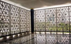 80 Stunning Privacy Screen Design for Modern Home Architecture Courtyard, Mosque Architecture, Religious Architecture, Residential Architecture, Architecture Details, Screen Design, Motifs Islamiques, Architectural Elements, House Design