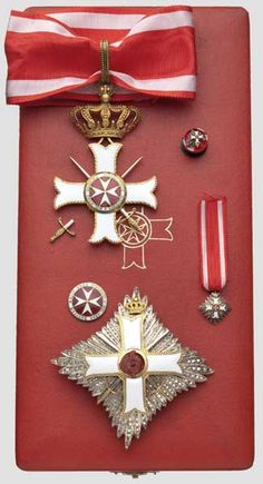 Breast Star, Miniature, Rosette and Cross of a Grand Officer of the Order pro Merito Melitensi (Military Class). #OrderofMalta #SMOM #proMeritoMelitensi