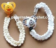 Free baby crochet pattern pacifer clip usa