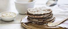 Helpot jogurttirieskat - Easy yoghurt and rye flatbread (in Finnish) No Salt Recipes, Bread Recipes, Finnish Recipes, Bread Board, Rolls, Food And Drink, Lunch, Healthy Recipes, Eat