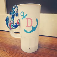 How cute is this anchor monogram on the Carolina mug?!? #anchor #monogram #anchormonogram #carolinamug
