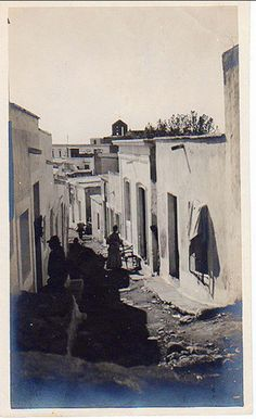 Calle de Almería en 1910. Fotografía realizada por Mary Gozzaldi Papers, miembro fundadora y vicepresidenta de la Cambridge Historical Society. Andalusia Spain, Andalucia, San Francisco, Granada, Street, Cambridge, Postcards, Poster, Photography