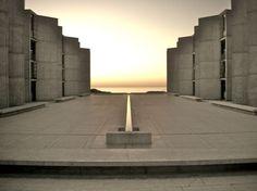 """Meravigliose Rovine"", Salk Institute for Biological Studies, Louis Kahn 1959-1965 - Artwort"