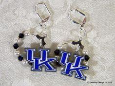 College Football Charm Earrings-Kentucky by SDJewelryDesign16