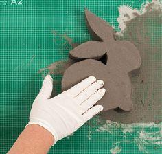 Handicraft instructions: Decorative rabbit made of concrete – POTTERY Diy Home Crafts, Diy Crafts To Sell, Arts And Crafts, Concrete Crafts, Concrete Art, Diy Plaster, Easter Crafts, Handicraft, Diy Gifts