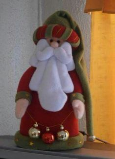 Pin by Teresa Zapata on navidad Easy Christmas Ornaments, Christmas Gnome, Felt Ornaments, Simple Christmas, Christmas Stockings, Christmas Decorations, Cute Crafts, Diy And Crafts, Christmas Crafts