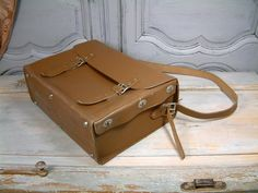 VINTAGE french genuine leather electricians bag. by Chanteduc