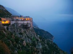 Simonopetra Monastery, Mount Athos, Greece / Photo courtesy of National Geographic Oh The Places You'll Go, Places To Visit, Beautiful World, Beautiful Places, Amazing Places, The Holy Mountain, Places In Greece, Thessaloniki, Tibet