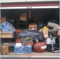 10x10. Household items, many bags, shelving, boxes,and filing drawers. #StorageAuction in Jefferson (419). Ends Sep 4, 2015 3:00PM America/Los_Angeles. Lien Sale.