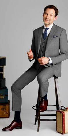 Light Gray Sharkskin Suit – Mens Suits Get this light gray sharkskin suit made with Vitale Barberis Canonico, Super wool made to your exact measurements and customized just the way you want it. Khaki Suits, Light Grey Suits, Black Suit Men, Mens Suits, Grey Suit Combinations, Sharkskin Suit, Designer Suits For Men, Herren Outfit, Well Dressed Men