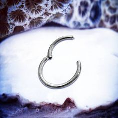 👑💜🌻💖 www.throwbackannie.com Body Jewellery💖🌻💜👑 16G | 14G Titanium Hinged Ring 1/4 6mm 5/16 8mm 3/8 10mm Nose Septum Clicker Septum Ring Cartilage Hoop Silver Conch Piercing Daith Tragus cute body jewelry for daith piercing, cartilage ring for celebrity style get the look with body jewellery like kylie jenner style kendall jenner style ! Get a septum piercing like rihanna style fashion blogger loves body piercings from www.throwbackannie.com  fashionista and festival fashion looks