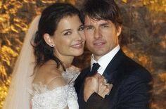 That's how we roll!!!    Katie Holmes and Tom Cruise have reached a divorce settlement, only 11 days after Holmes filed for the split (via latimes.com)