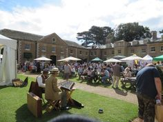 A great day and weather at the North Norfolk Food Festival at Holkham Hall, very busy and some great producers... pic.twitter.com/sgy07XmDhn