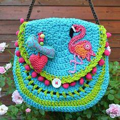 Crochet pattern  Flamingo crochet purse by VendulkaM