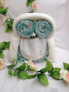 Nappy cake owl by SuchFunNappyCakes on Etsy, £25.00