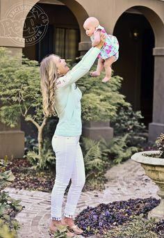 <em>Southern Charm</em>'s<em></em>Cameran Eubanks and Daughter Palmer Model Lilly Pulitzer Ahead of Mother's Day