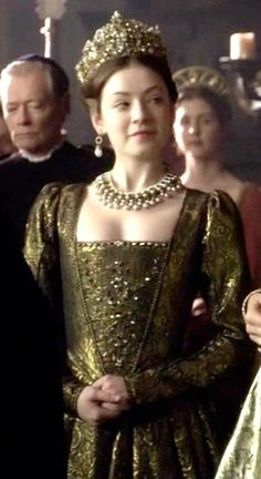 Sarah Bolger as Lady Mary Tudor, The Tudors Los Tudor, Tudor Era, Tudor Costumes, Movie Costumes, Mary I, Lady Mary, Enrique Viii, The Tudors Tv Show, Tudor Fashion