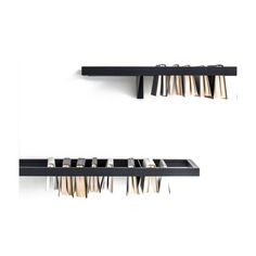Booken freestanding bookshelf is designed by the british duo Raw Edges for Lema. It highlights the book as an artwork and reinvents itself, becoming coffee table, shelf and bookshelf. A unique piece, style and innovation of the Lema design.