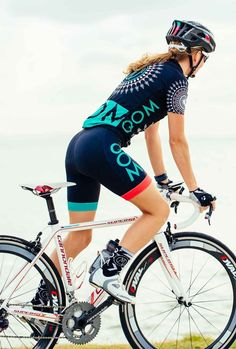 MANDALA 'ORIGINAL' cycling bundle....Queen of the Mountain women's cycling apparel