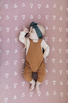 Trendy Baby Girl Clothes, Cute Baby Girl Outfits, Newborn Girl Outfits, Baby & Toddler Clothing, Baby Girl Newborn, Toddler Outfits, Newborn Baby Clothes, Baby Crib, Modern Baby Clothes