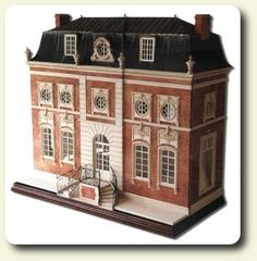 Book review of Magnificent Miniatures, Inspiration and Technique for Grand Houses on a Small Scale by Kevin Mulvany and Susie Rogers