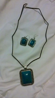 Very Refined Blue Pendant Necklace Set  937-901-1154