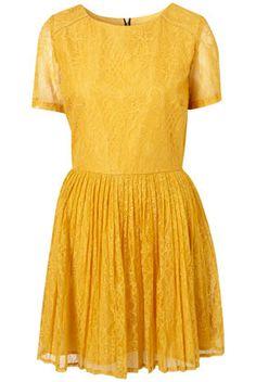 a happy yellow dress