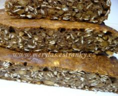 Vločkovo-arašídová buchta z remosky