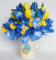 All About Yellow Flowers For Your Garden & Put A Smile On Your a yellow flower - Yellow Things Silk Floral Arrangements, Flower Arrangements Simple, Artificial Flower Arrangements, Artificial Flowers, Flowers For You, Love Flowers, Silk Flowers, Beautiful Flowers, Spring Flowers