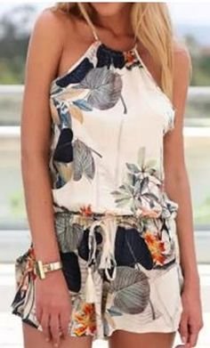 Stylish Round Neck Sleeveless Criss-Cross Printed Women's Romper #Summer #Fashion #Beach #Outfit #Ideas