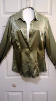$4.99 @EBAY   NEWPORT NEWS Ladies Size 10 Green Soft Shimmery Long Sleeve Dress Blouse #NewportNews #Blouse #Career