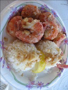 Nothing better than garlic butter covered shrimp from Giovanni's original white shrimp truck on Oahu