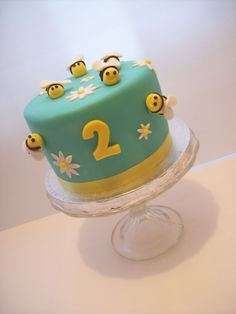 Bumble bee cake auckland $145