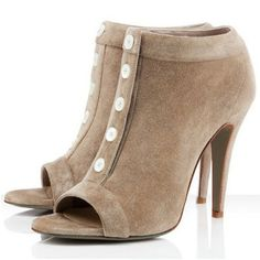 Material:Suede|Heel Height:10.5cm|Embellishment:Hollow,Button