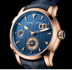 Ulysse Nardin Dual Time Manufacture blue dial detail - Perpetuelle