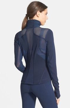 Who ever said you couldn't look amazing while working out?! - Zella Jacket & Capri Leggings