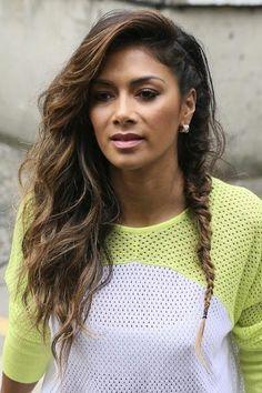 Want a sassy style? Try Nicole Scherzinger' side fishtail braid!