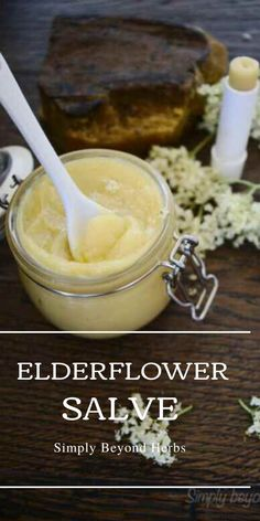 This elderflower salve enhanced with Frankincense oil has positive effects on older skin and prevents signs of ageing making it ideal for mature skin Vegan Recipes Plant Based, Real Food Recipes, Cooking Recipes, Herbal Remedies, Natural Remedies, Medicinal Herbs, Healing Herbs, Frankincense Oil, Sugar Scrub Recipe